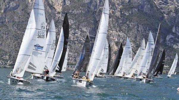 Online archivio Yacht Club Italiano
