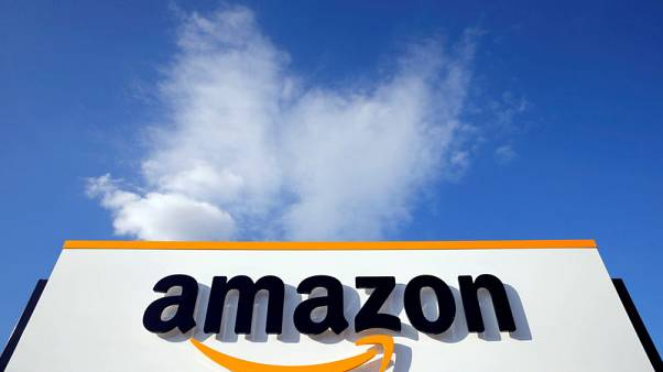 Amazon adds antenna service for satellite data; courts space industry