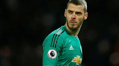 'World's best keeper' De Gea wants to stay says Mourinho
