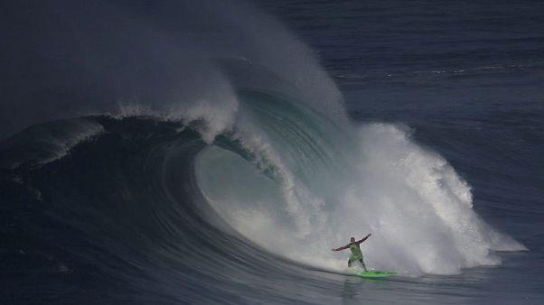 Surf legend McNamara to clean up ocean that gave him fame