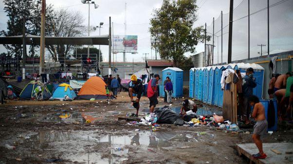 At U.S.-Mexico border, Central American migrants sicken in dire conditions