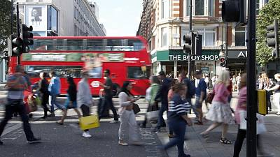 UK consumer confidence slides to 11-month low ahead of Brexit