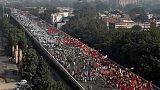 مزارعون غاضبون في الهند يخرجون في مسيرة نحو البرلمان للشكوى من محنتهم