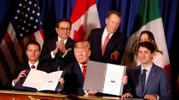 زعماء أمريكا وكندا والمكسيك يوقعون اتفاقية للتجارة وترامب يتوقع موافقة الكونجرس