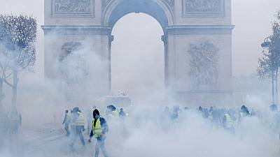 'State of insurrection' as fuel tax riots engulf central Paris