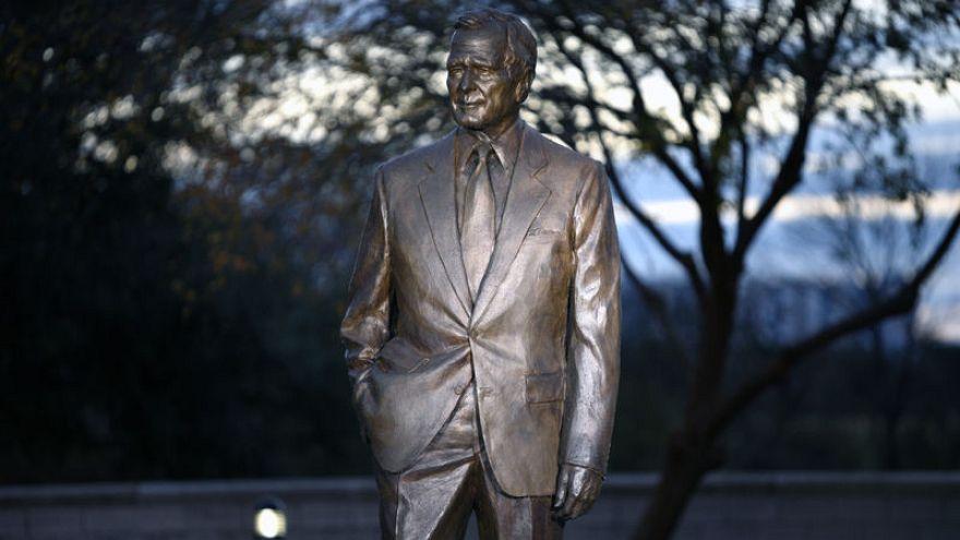 فترة ولاية واحدة لبوش الأب في البيت الأبيض شكلت تاريخ أمريكا لعقود