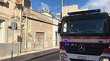 Crolla palazzina disabitata a Cagliari