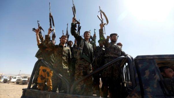 Des rebelles Houthis, le 3 janvier 2017 à Sanaa, au Yémen