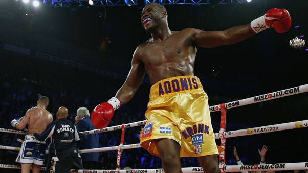 Boxing-Canadian Stevenson in critical condition after knockout