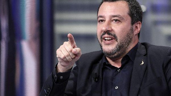 Salvini,pagheremo debiti P.a.con aziende