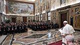 Papa: via la guerra da pianeta e storia