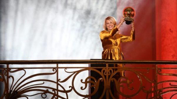 La Norvégienne Ada Hegerberg remporte le premier Ballon d'Or féminin