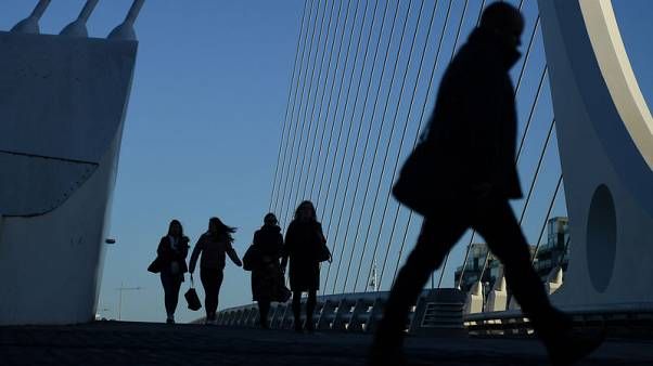 Irish unemployment rate falls to 5.3 percent in November