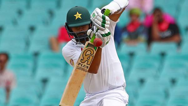 Gritty Azhar leads Pakistan out of trouble