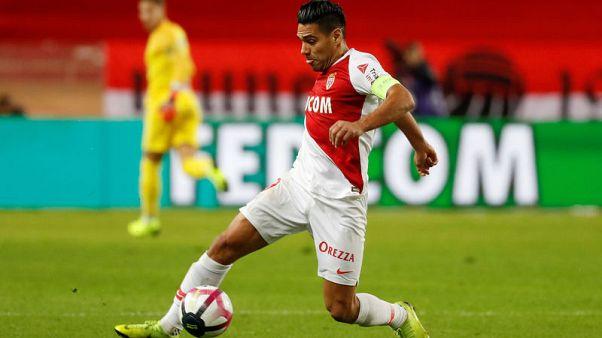 Falcao penalty double gives Monaco win over Amiens