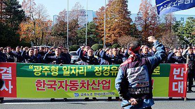 Hyundai, South Korea eye deal on low-cost carmaking venture despite union dissent