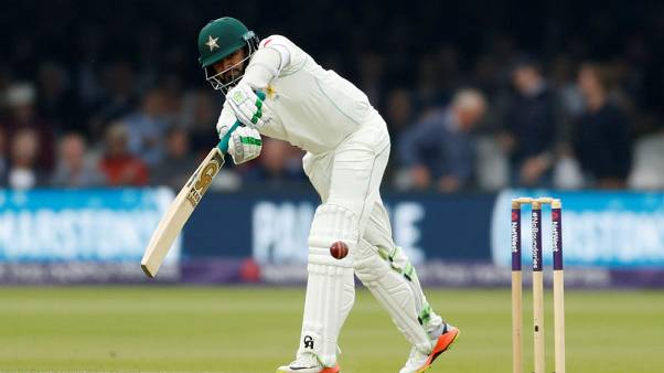 Azhar and Shafiq hit tons as Pakistan take control of decider