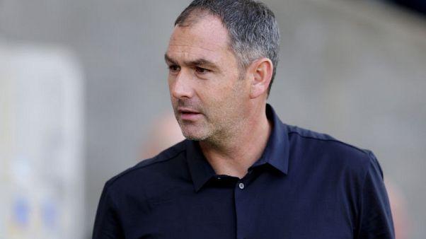 Championship strugglers Reading sack Clement