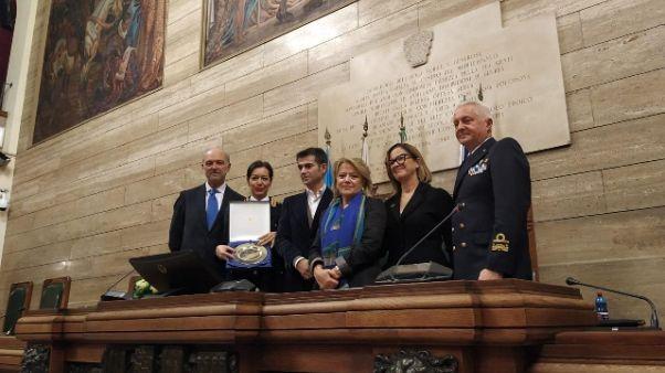 Polizia: premio ad Adriana Cammi