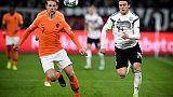 Calcio, De Jong a un passo dal Psg