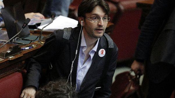 Deputato M5s Dall'Osso passa a gruppo FI