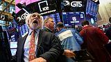 الأسهم الأمريكية تنخفض قليلا في بداية التعاملات بعد بيانات الوظائف