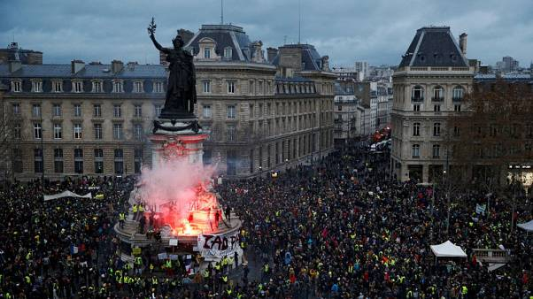 France's 'yellow vests' clash with police in Paris
