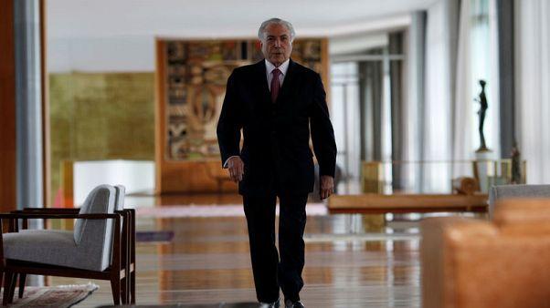 Brazil's Temer announces 'intervention' in state bordering Venezuela