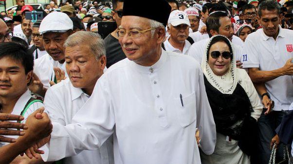 Jubilant Malays rally after Malaysia refuses U.N. racial equality pledge