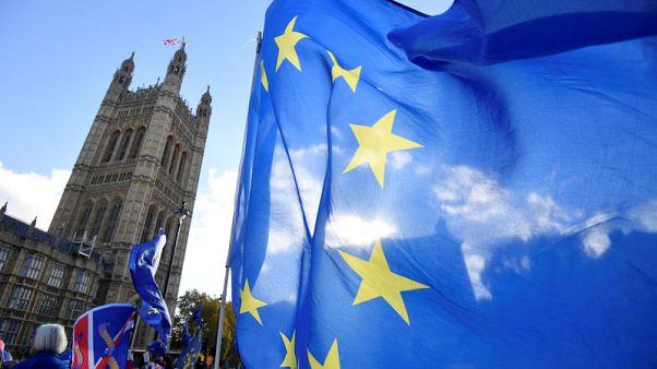 Dutch estimate cost of 'hard' Brexit at 2.3 billion euros