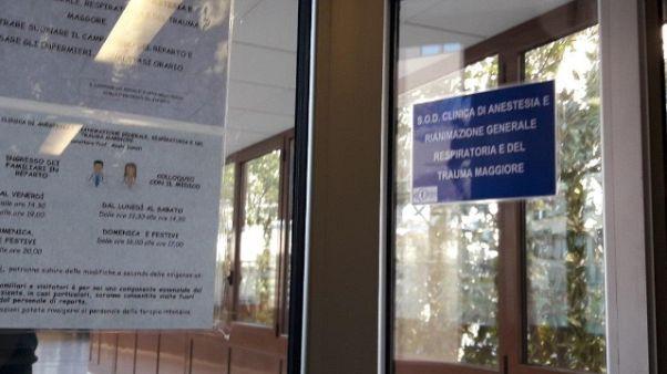 Discoteca: 4 pazienti respirano da soli