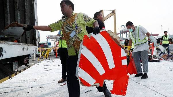 Exclusive - Red tape, funding problems hamper Lion Air black box search