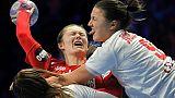 Euro dames de hand: la France encore plus près des demies après la défaite du Monténégro