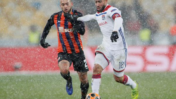 Lyon draw 1-1 with Shakhtar to reach last 16