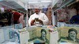 إيران تسعى لتعافي الريال مع تحديها للعقوبات الأمريكية