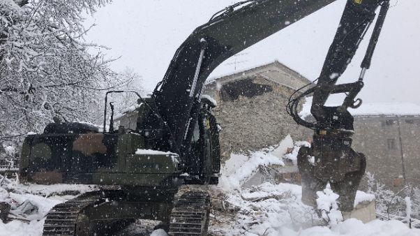 Mille demolizioni Esercito dopo sisma