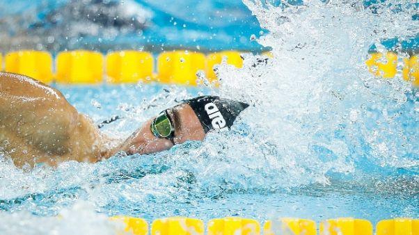 Nuoto, Paltrinieri e staffette in finale