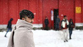 Cold weather, Croatian police stop migrants at EU frontier