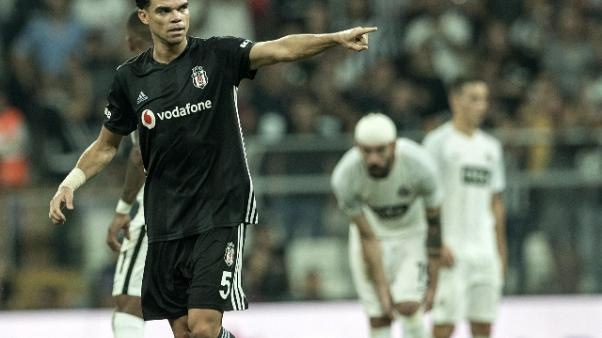 Turchia: Pepe rescinde col Besiktas