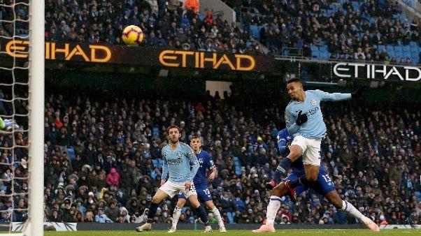 Man City torna in testa alla Premier