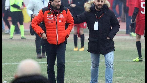 Salvini a festa curva Milan