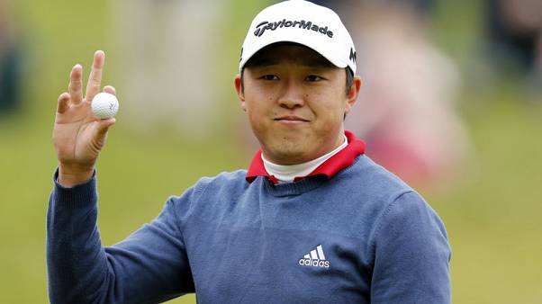 Golf - Lipsky survives late scare to claim victory at Alfred Dunhill Championship