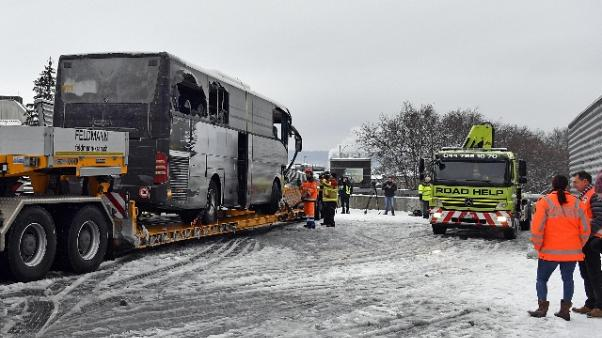 Incidente bus, vittima donna lombarda