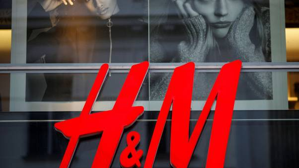 H&M sales grow roughly in line with expectations in fourth quarter