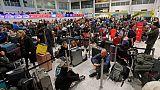 استمرار إغلاق مطار جاتويك البريطاني بعد رؤية طائرة مسيرة أخرى