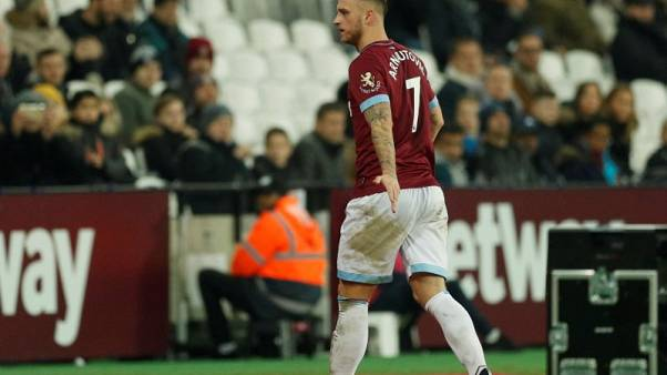 West Ham's Arnautovic to resume training next week