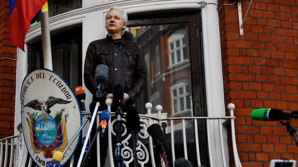 U.N. tells UK - Allow Assange to leave Ecuador embassy freely