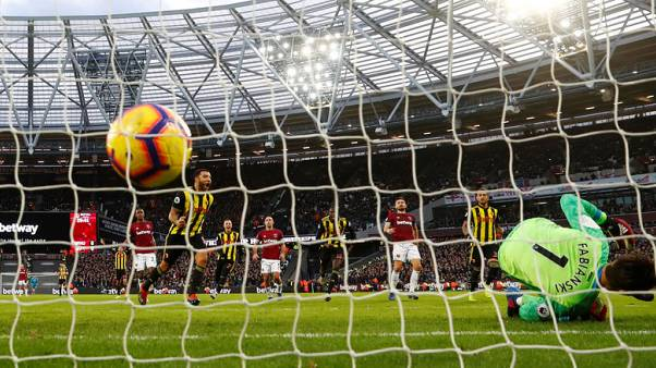 Deeney and Deulofeu seal Watford win at West Ham