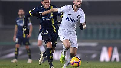 Chievo snatch late draw to stall Inter Milan