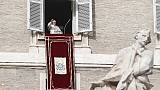 Migranti: Papa, porte Chiesa sono aperte